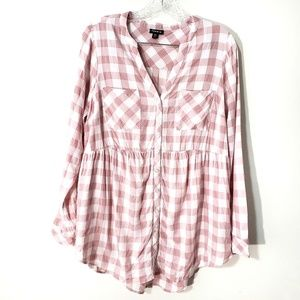 Torrid pink and white plaid button up top